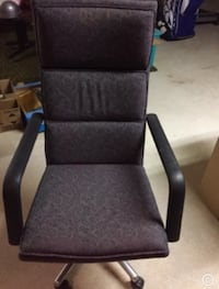 Office chair  Mississauga, L5L 3Y3