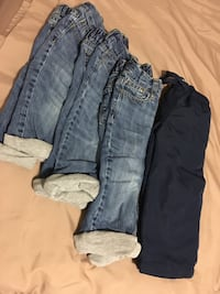 Toddlers lined pants & a snow pants 536 km