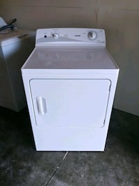 Nice Hotpoint dryer like new condition free del. Anoka County