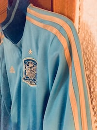 blue and yellow Adidas zip-up jacket Mississauga, L5G 3Y8