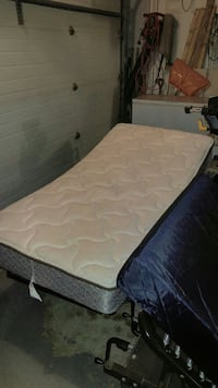 2 Hospital bed with manual crank Quinte West, K0K 2C0