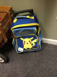 Pikachu Vintage Pokémon Backpack and Suitcase with wheels/extendable bar and backpack straps Southgate, 41071