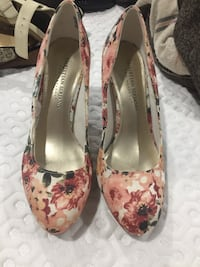 Christian Siriano floral heels  Mississauga, L5N 7G1