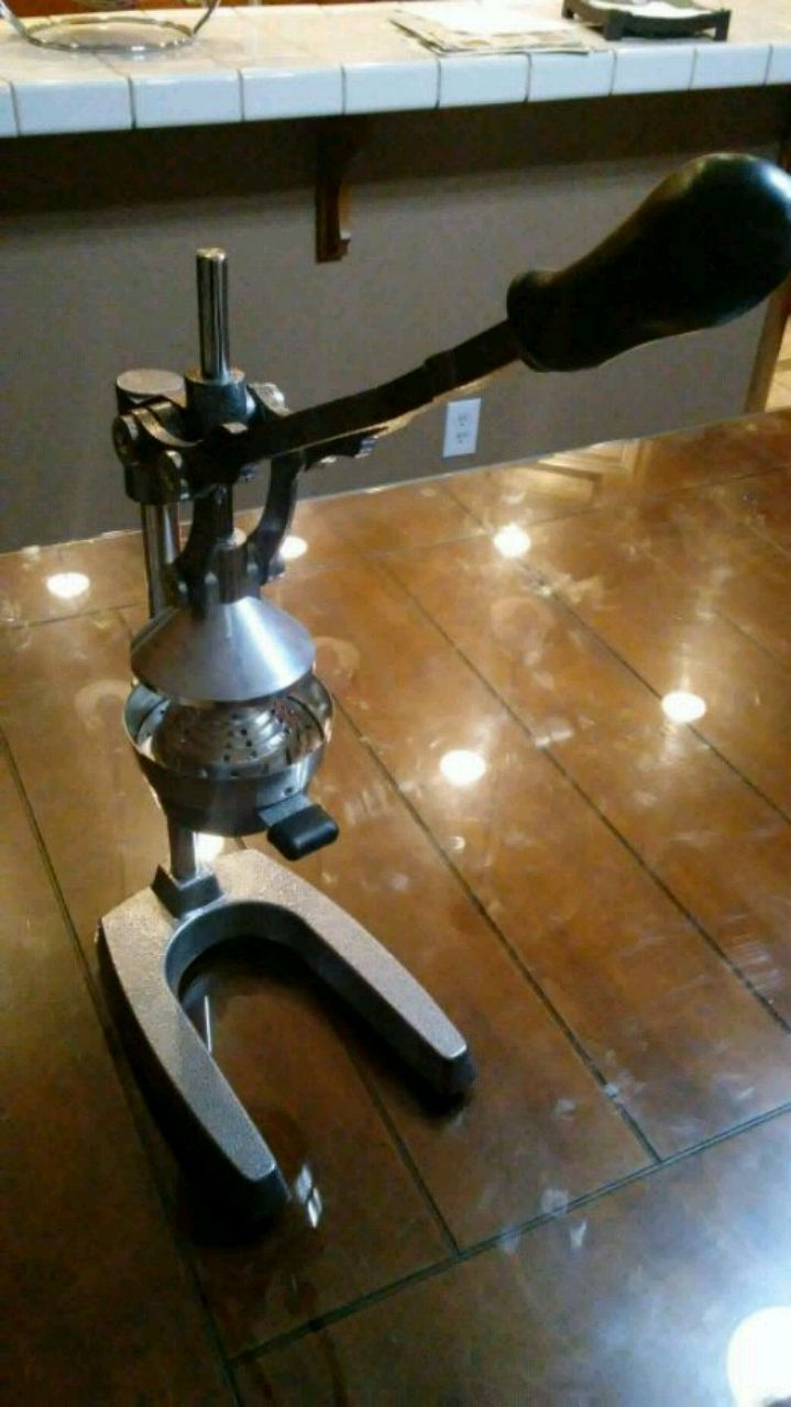 gray and black manual citrus juicer for sale  Modesto