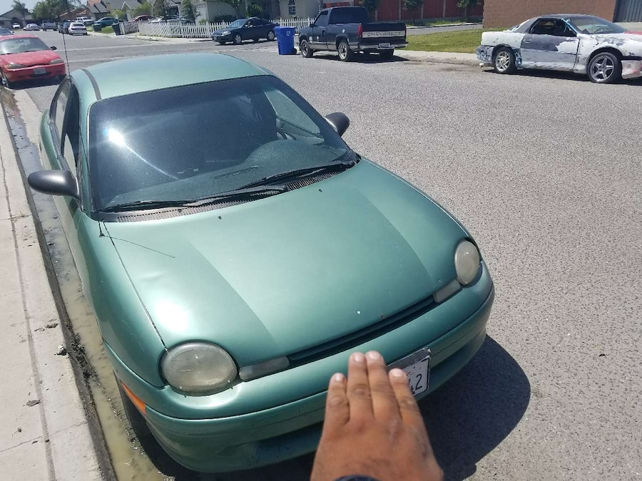Letgo 2 cars for sale 99 dodge neon and 9 in tulare ca for Motor cars tulare ca