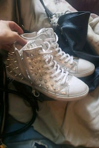 New guess hightops s8/9 London, N6B 1X6