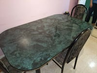 Dining Table 60$ (4 Chairs) MONTREAL