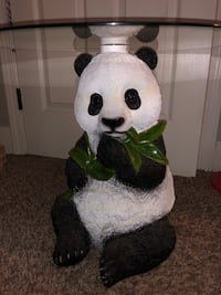 Panda table Prattville, 36066