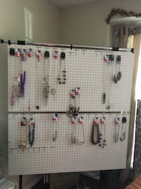 Jewelry display board Woodbridge