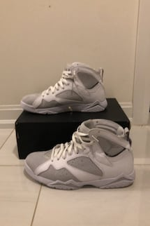 Jordan 7 Retro Pure Platinum