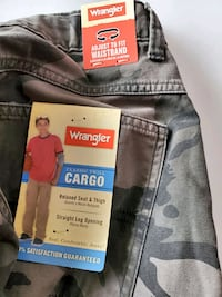 Cargo pants NEW WITH TAGS Wrangler Vine Grove, 40175