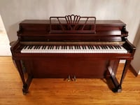 Beautiful piano for sale Mississauga