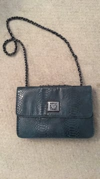 Anne Klein turquoise blue croc flap purse New Westminster, V3M
