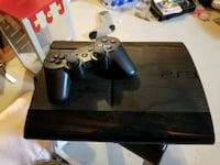 PlayStation 3 with controller Barrie, L4M 6T1