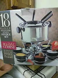 grey stainless steel 18-piece fondue set box San Jose, 95126