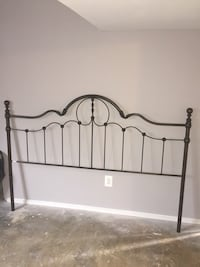 King size bed head board and foot board Gaithersburg, 20877