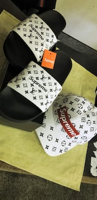 black and white fitted cap Fresno, 93704