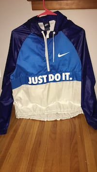 nike windbreaker  womens size M Minneapolis, 55406
