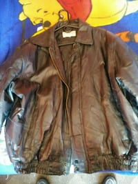 Lg. Heavy black leather jacket McIntosh, 87032