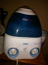 white and blue Vicks humidifier Corpus Christi, 78413