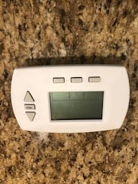 Honeywell 7 Day Programable thermostat  Reston