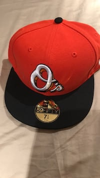 red and black New Era 9Fifty snapback Burlington, L7M