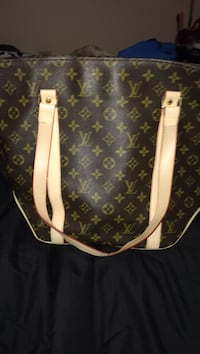 brown leather Louis Vuitton tote bag Fayetteville, 28314