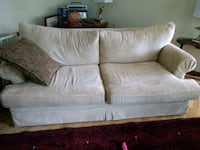 white fabric 2-seat sofa Ashburn, 20147