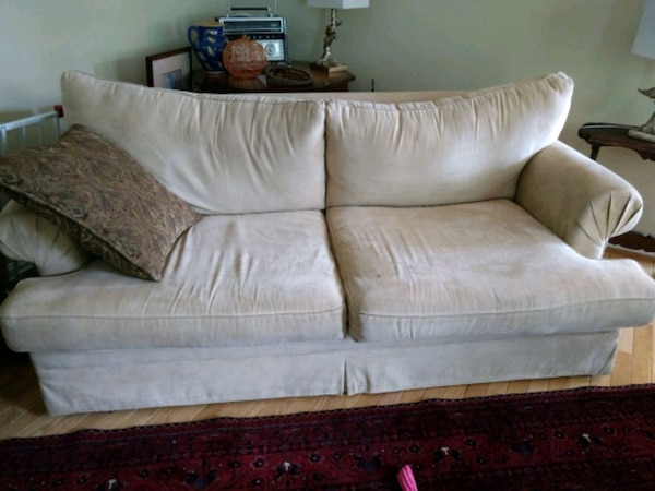 Free.couches!