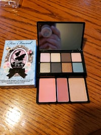 Too Faced compact