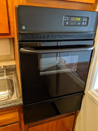 GE wall oven & Frigidaire fridge both in great working condition WASHINGTON
