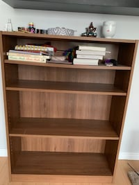 Bookcase shelf  Mississauga, L5G 1E4