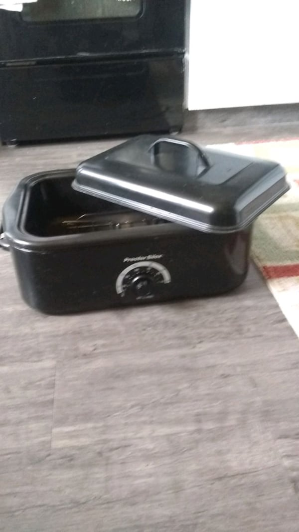 Toaster oven call  (Phone number hidden by letgo)  1fb568a4-d92d-447d-b22b-aec1681ce7c8
