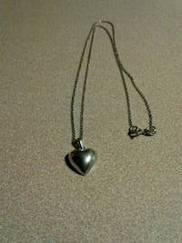925 silver heart with chain Edmonton, T5C 2L3