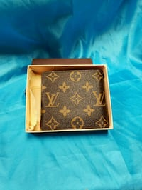 brown and black Louis Vuitton leather wallet Los Angeles, 91402