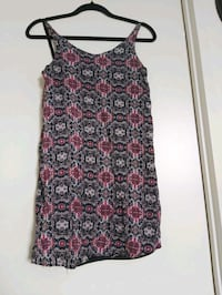 Summer dress Size S-M open back Vaughan, L4K 0A4