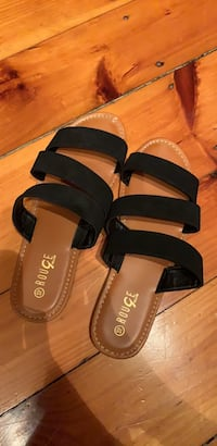 Black Rouge Sandals Lowell, 01850