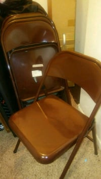 8 chairs 5 dollars each Ames, 50010