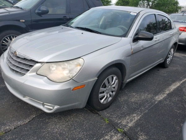 2007 Chrysler Sebring 4Door sedan 130k Miles 3