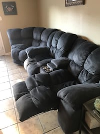 Hurtwitz Mintz huge sectional couch with double recliners Kenner, 70065
