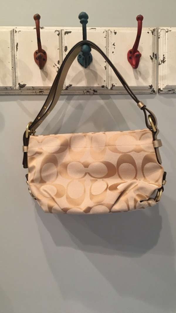 0d3e192f18e6 Used White and brown leather coach monogram shoulder bag for sale in  Raritan - letgo