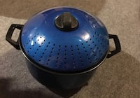 Brand New Blue Pasta Pot 551 km