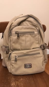 Beige backpack. Great condition Chicago, 60656