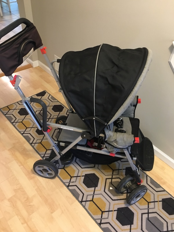 Joovy Sit and stand stroller