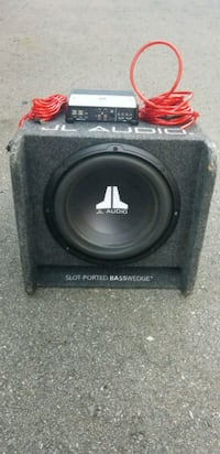 JL Basswedge 12 subwoofer with amplifier Mississauga, L5B 2B2