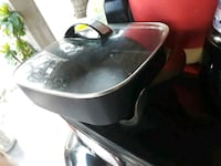 black and gray electric kettle Plaquemine, 70764