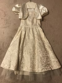 Gold Dress for Girls (youth age 12-14) Mississauga, L5W 1A8