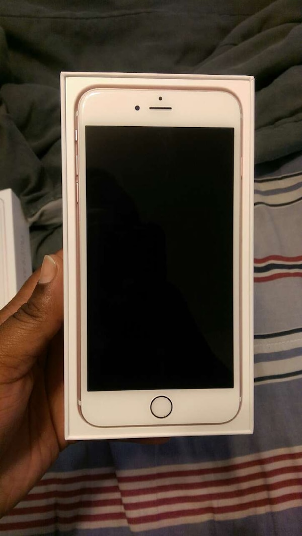 Rose Gold Iphone 6s Plus For Sell Inbox If Interes