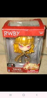 RWBY Yang Xiao Long Vinyl Figure Gamestop Exclusive Jazwares