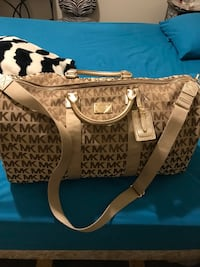 BRAND NEW AUTHENTIC MICHAEL KORS DUFFLE BAG WITH TAGS